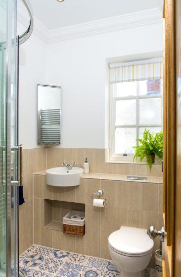 property photograph of bathroom